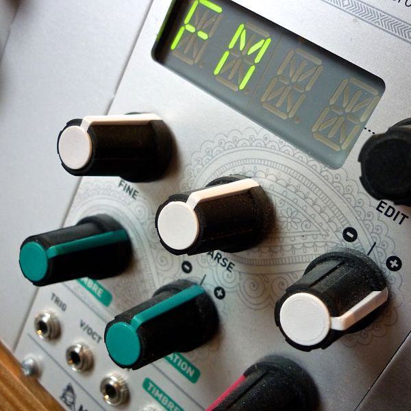 Mutable Instruments Braids Demo 1